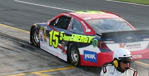 bowyer-leaving-pit-road