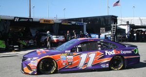 Denny Hamlin Garage Richmond 09-2017